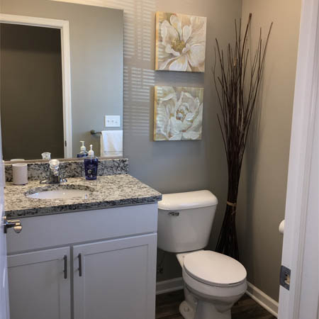 Waterford Townhomes bathroom